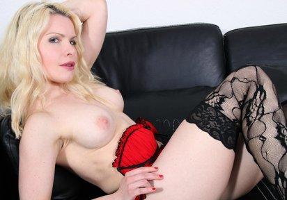sexcam girl Annica